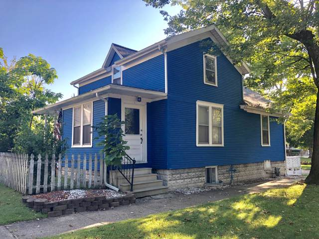 911 Jones Street, St. Joseph, MI 49085 (MLS #19046230) :: JH Realty Partners