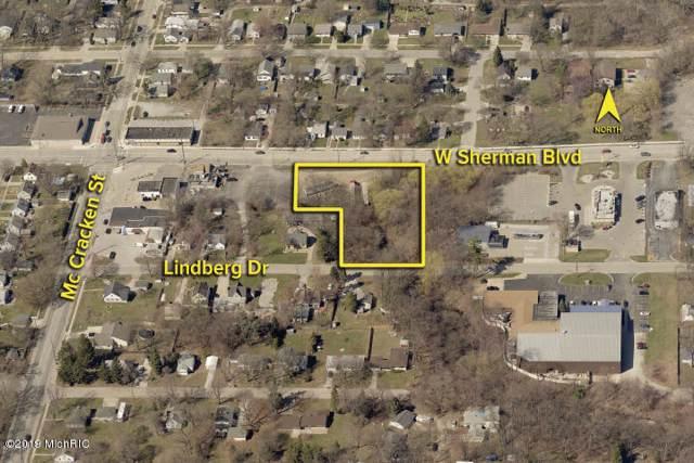 1927 W Sherman Boulevard, Norton Shores, MI 49441 (MLS #19046285) :: Deb Stevenson Group - Greenridge Realty