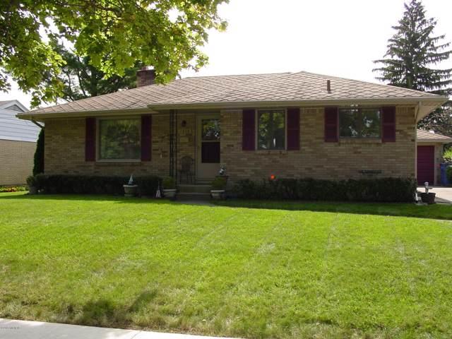 1338 Dartmouth Street NW, Grand Rapids, MI 49504 (MLS #19046309) :: JH Realty Partners