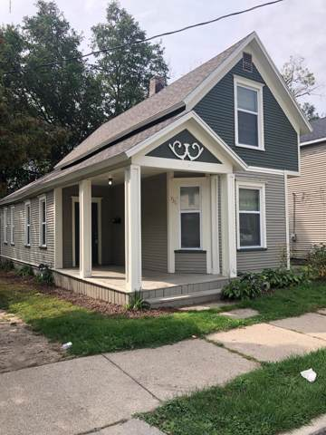 736 Baxter Street SE, Grand Rapids, MI 49503 (MLS #19046310) :: JH Realty Partners