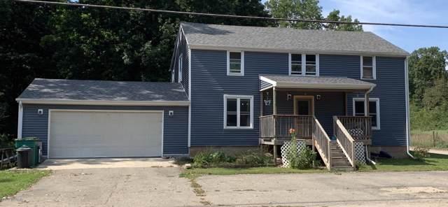 718 N Union City Road, Coldwater, MI 49036 (MLS #19046315) :: Deb Stevenson Group - Greenridge Realty