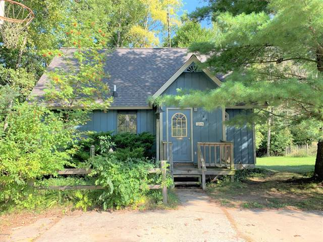 1652 W Tyler Road, Hart, MI 49420 (MLS #19046377) :: Deb Stevenson Group - Greenridge Realty