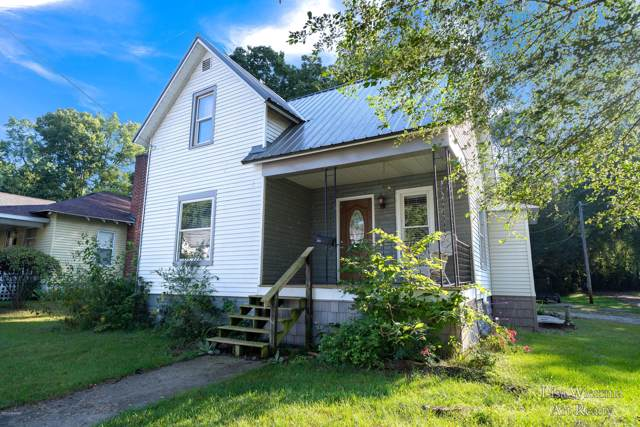 203 Middle Street, Three Rivers, MI 49093 (MLS #19046396) :: JH Realty Partners