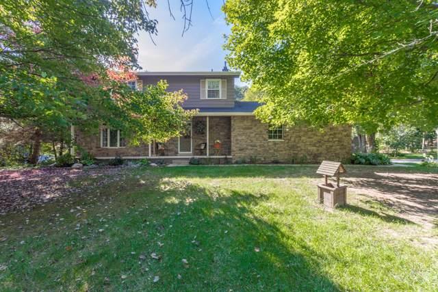 1025 Pinecone Drive, Howell, MI 48843 (MLS #19046439) :: Deb Stevenson Group - Greenridge Realty