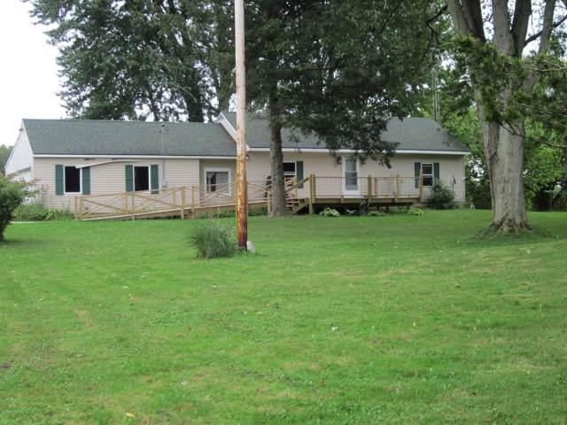 58885 48th Street, Lawrence, MI 49064 (MLS #19046490) :: Deb Stevenson Group - Greenridge Realty