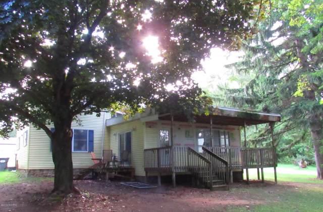 425 Nichols Road, Benton Harbor, MI 49022 (MLS #19046520) :: CENTURY 21 C. Howard