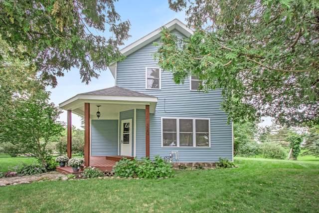 320 Pine Street NE, Cedar Springs, MI 49319 (MLS #19047012) :: CENTURY 21 C. Howard