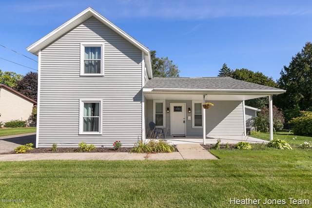 802 W Dodge Street, Greenville, MI 48838 (MLS #19047069) :: JH Realty Partners