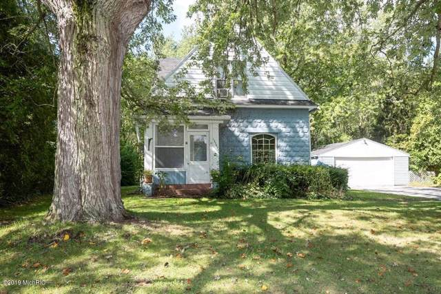 12742 S Wolcott Street, Sawyer, MI 49125 (MLS #19047469) :: JH Realty Partners