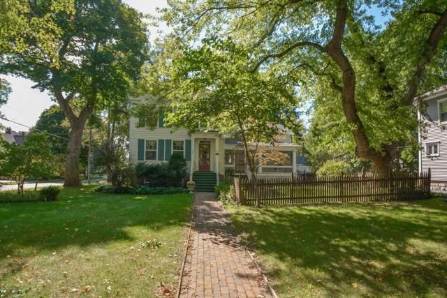 518 E Mansion Street, Marshall, MI 49068 (MLS #19047505) :: JH Realty Partners