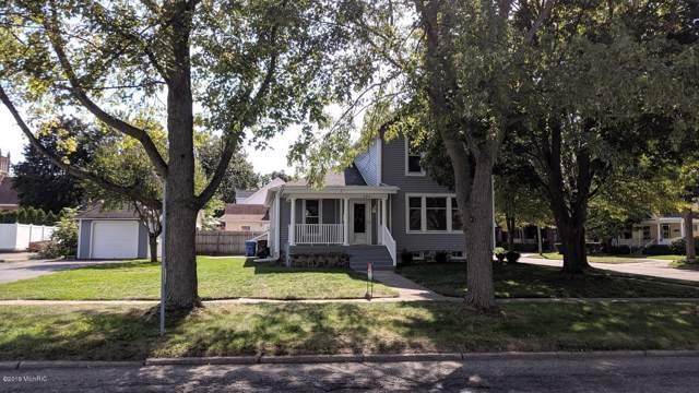 121 W Washington Street, Belding, MI 48809 (MLS #19047537) :: Deb Stevenson Group - Greenridge Realty