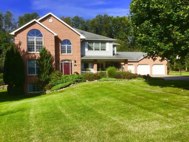 15689 Katherine Trail, Marshall, MI 49068 (MLS #19047601) :: Matt Mulder Home Selling Team