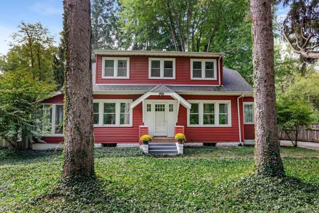 6444 E Lake Lane, Sawyer, MI 49125 (MLS #19047951) :: JH Realty Partners