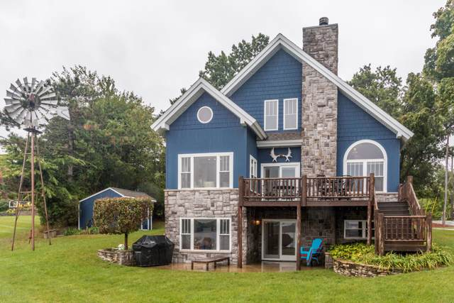 316 Palmer Avenue, Colon, MI 49040 (MLS #19048119) :: Deb Stevenson Group - Greenridge Realty