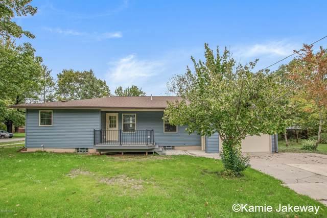6 N Park Street NE, Cedar Springs, MI 49319 (MLS #19048709) :: Deb Stevenson Group - Greenridge Realty
