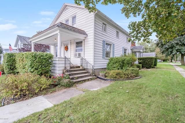 115 S Lagrave Street, Paw Paw, MI 49079 (MLS #19048716) :: JH Realty Partners
