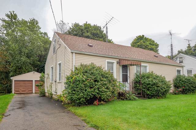 300 N 20th Street, Springfield, MI 49037 (MLS #19048751) :: Matt Mulder Home Selling Team