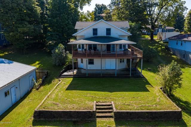 17200 Lake Street, Cassopolis, MI 49031 (MLS #19048881) :: Deb Stevenson Group - Greenridge Realty