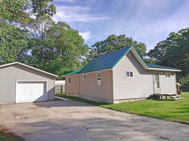 5470 Circle Drive, Muskegon, MI 49442 (MLS #19049036) :: JH Realty Partners