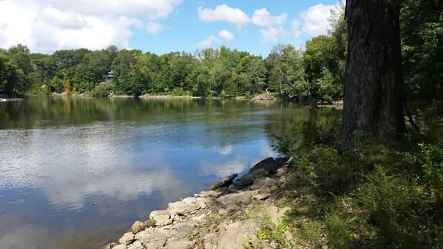 3095 River Road, Sodus, MI 49126 (MLS #19049172) :: Deb Stevenson Group - Greenridge Realty