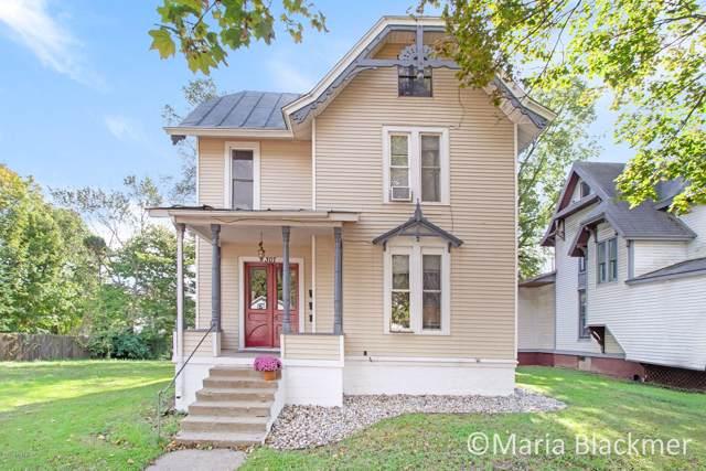 307 E Main Street, Ionia, MI 48846 (MLS #19049273) :: JH Realty Partners
