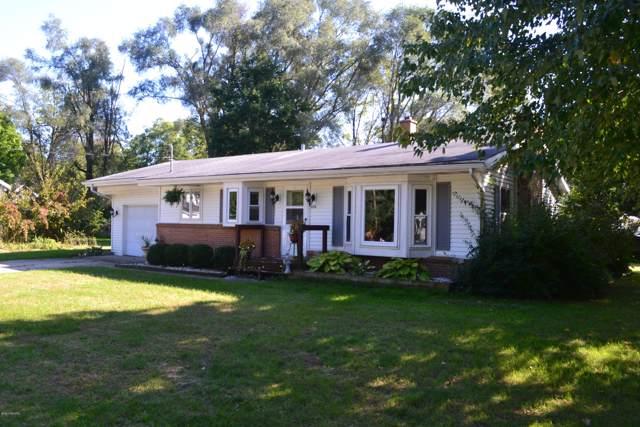 526 Hunt Street Street SE, Lowell, MI 49331 (MLS #19049632) :: Matt Mulder Home Selling Team