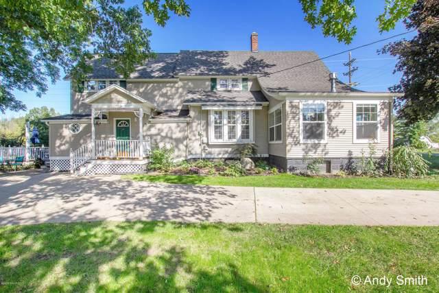 9 Cummings Avenue SW, Grand Rapids, MI 49534 (MLS #19049672) :: CENTURY 21 C. Howard
