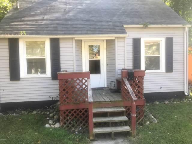 8 Groveland Street, Battle Creek, MI 49017 (MLS #19049721) :: JH Realty Partners