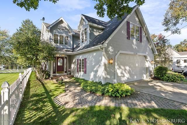 1230 Lynn Drive, Middleville, MI 49333 (MLS #19049812) :: JH Realty Partners