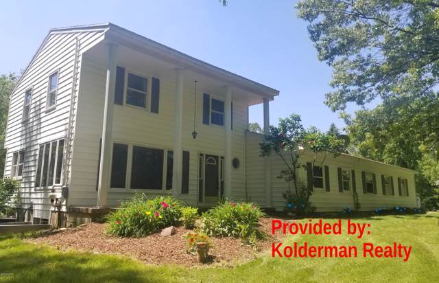 3372-b Alden Nash Avenue SE, Lowell, MI 49331 (MLS #19049969) :: Matt Mulder Home Selling Team