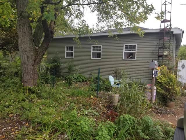 407 W Bernard Street, Hartford, MI 49057 (MLS #19050029) :: Deb Stevenson Group - Greenridge Realty