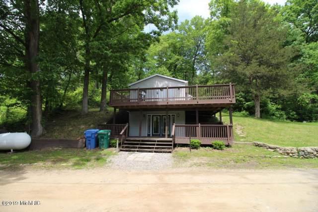 102 Long Lake Drive, Hastings, MI 49058 (MLS #19050042) :: Deb Stevenson Group - Greenridge Realty