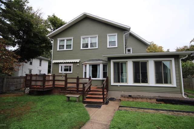 414 S Kalamazoo Street, Vicksburg, MI 49097 (MLS #19050048) :: Ron Ekema Team