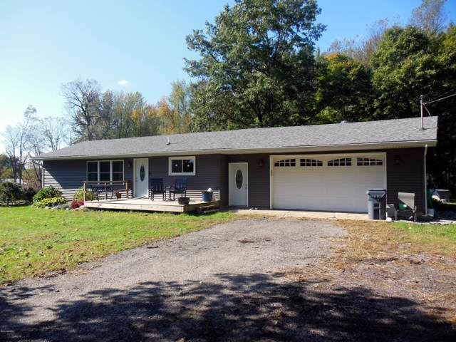 7128 S 40th Street, Climax, MI 49034 (MLS #19050185) :: Deb Stevenson Group - Greenridge Realty