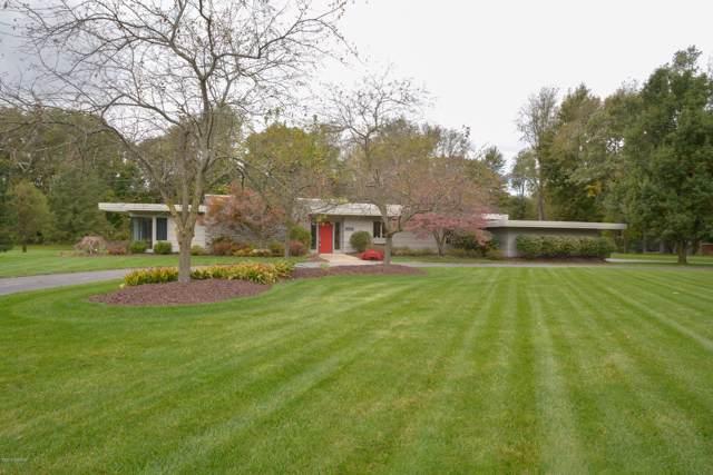15631 Katherine Trail, Marshall, MI 49068 (MLS #19050395) :: Matt Mulder Home Selling Team