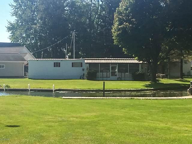 825 Pine Island Drive, Coldwater, MI 49036 (MLS #19050456) :: CENTURY 21 C. Howard