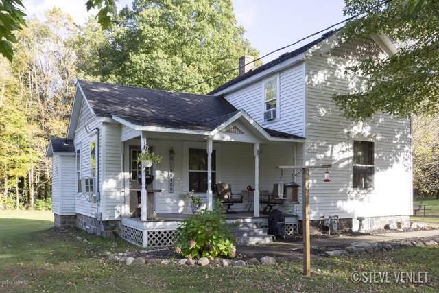 234 N Eastern Avenue, Allegan, MI 49010 (MLS #19050606) :: CENTURY 21 C. Howard