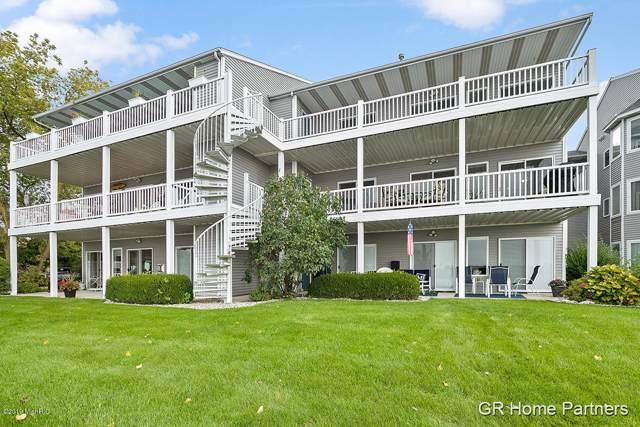245 Riverfront Drive #5, Spring Lake, MI 49456 (MLS #19050770) :: Deb Stevenson Group - Greenridge Realty