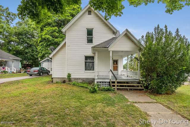 603 S Bridge Street, Belding, MI 48809 (MLS #19050814) :: CENTURY 21 C. Howard