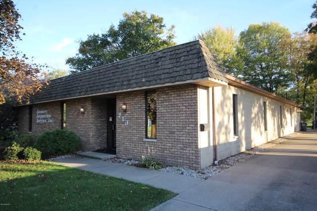 713 W Prairie Street, Vicksburg, MI 49097 (MLS #19050931) :: CENTURY 21 C. Howard