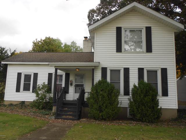 409 S Farmer Street, Otsego, MI 49078 (MLS #19051051) :: Matt Mulder Home Selling Team