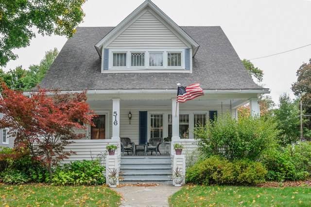 516 W Bridge Street, Plainwell, MI 49080 (MLS #19051121) :: Matt Mulder Home Selling Team