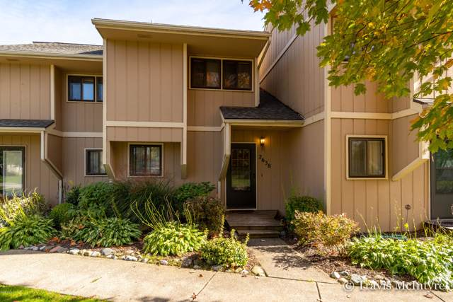 2638 Ridgecroft Dr Se Drive SE N/A, Grand Rapids, MI 49546 (MLS #19051246) :: Deb Stevenson Group - Greenridge Realty
