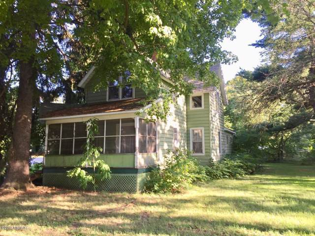 403 W Cass Street, Bangor, MI 49013 (MLS #19051300) :: Deb Stevenson Group - Greenridge Realty