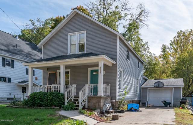227 North Street, Allegan, MI 49010 (MLS #19051371) :: CENTURY 21 C. Howard