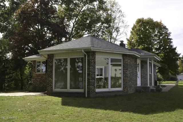 101 Sunset Drive, Vicksburg, MI 49097 (MLS #19051392) :: Matt Mulder Home Selling Team