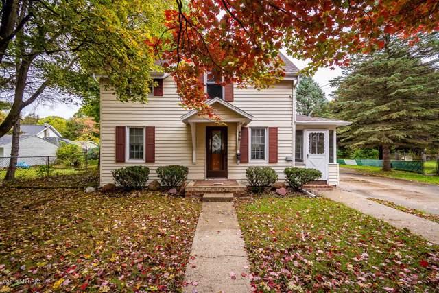 430 N Linden Street, Marshall, MI 49068 (MLS #19051394) :: Deb Stevenson Group - Greenridge Realty