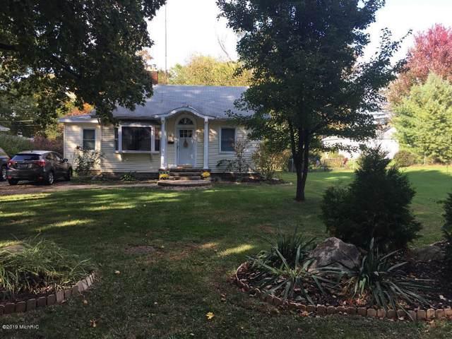 1353 Cedar Street, Niles, MI 49120 (MLS #19051518) :: Matt Mulder Home Selling Team