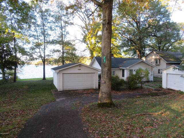 11241 Lakeshore Drive, Three Rivers, MI 49093 (MLS #19051861) :: Deb Stevenson Group - Greenridge Realty
