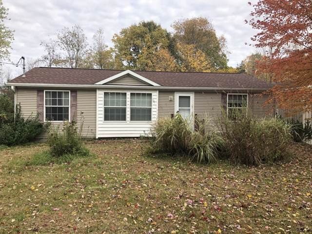 2112.5 101st Avenue, Otsego, MI 49078 (MLS #19051864) :: Matt Mulder Home Selling Team